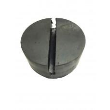 Проставка резиновая на домкрат подкатной  D- 80мм.с пазом (20х8) мм. для ребра автомобиля. 1073